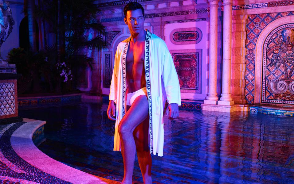 Familia Versace desautoriza serie sobre el diseñador