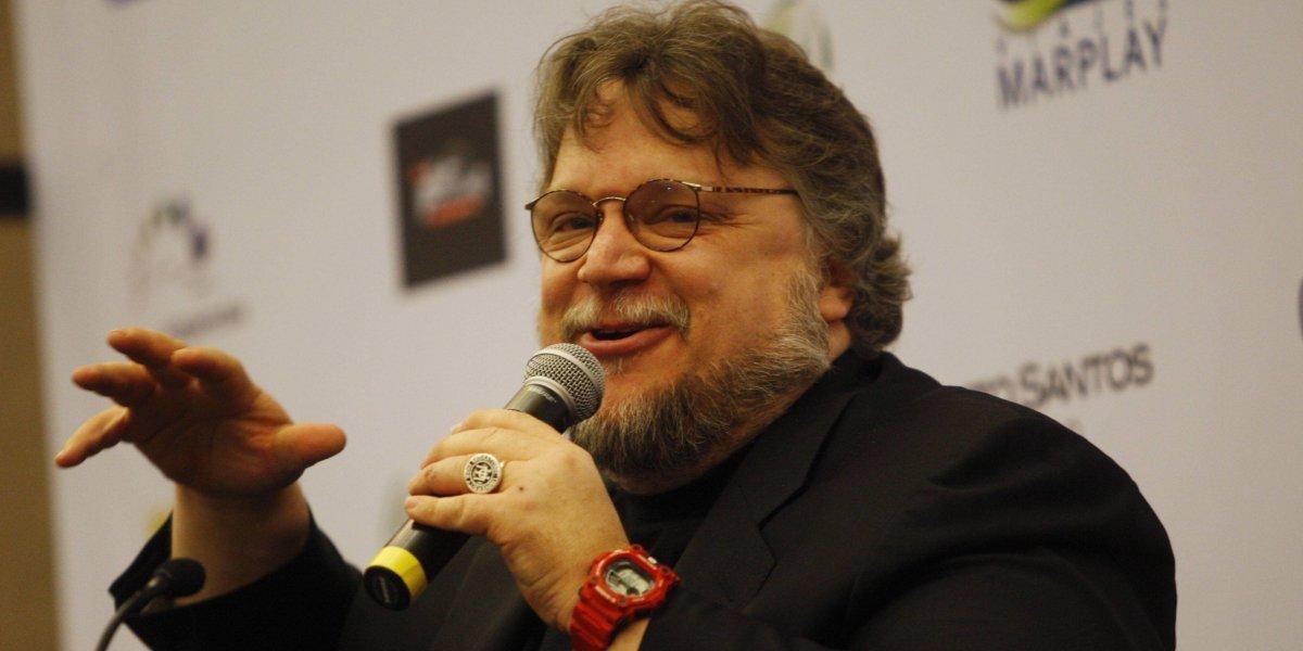 ¿Qué hizo Guillermo del Toro después de ganar el Globo de Oro?
