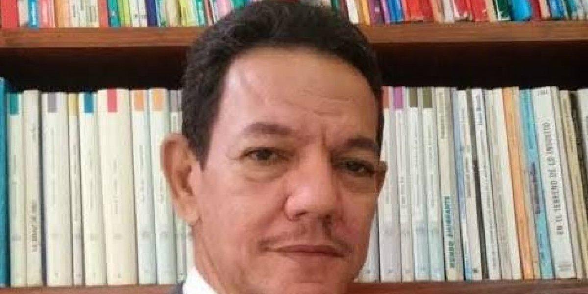 José Cáceres pondrá a circular libro sobre el voleibol moderno en RD