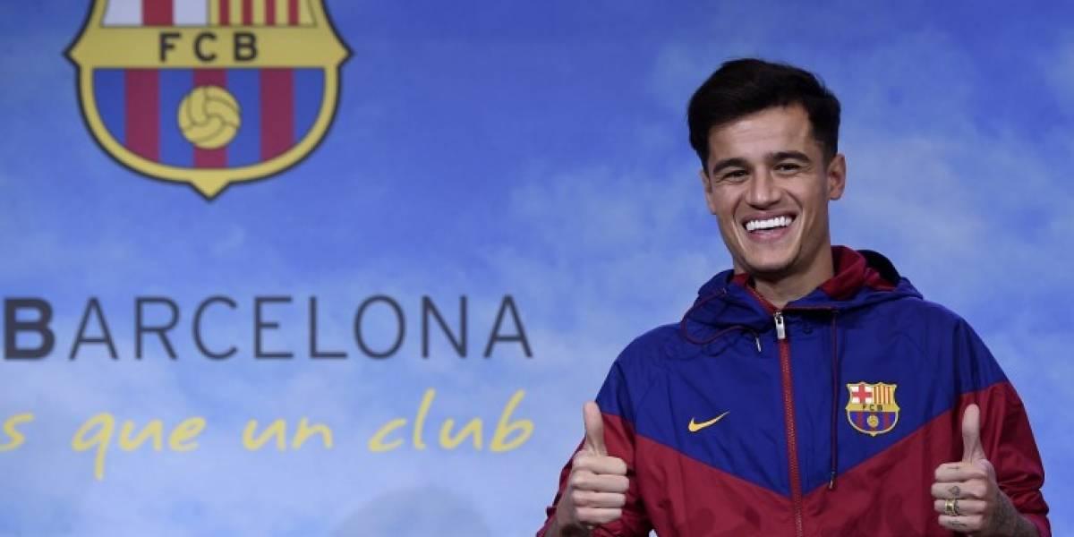 EN IMÁGENES. ¡Así fue la presentación de Coutinho con el Barça!