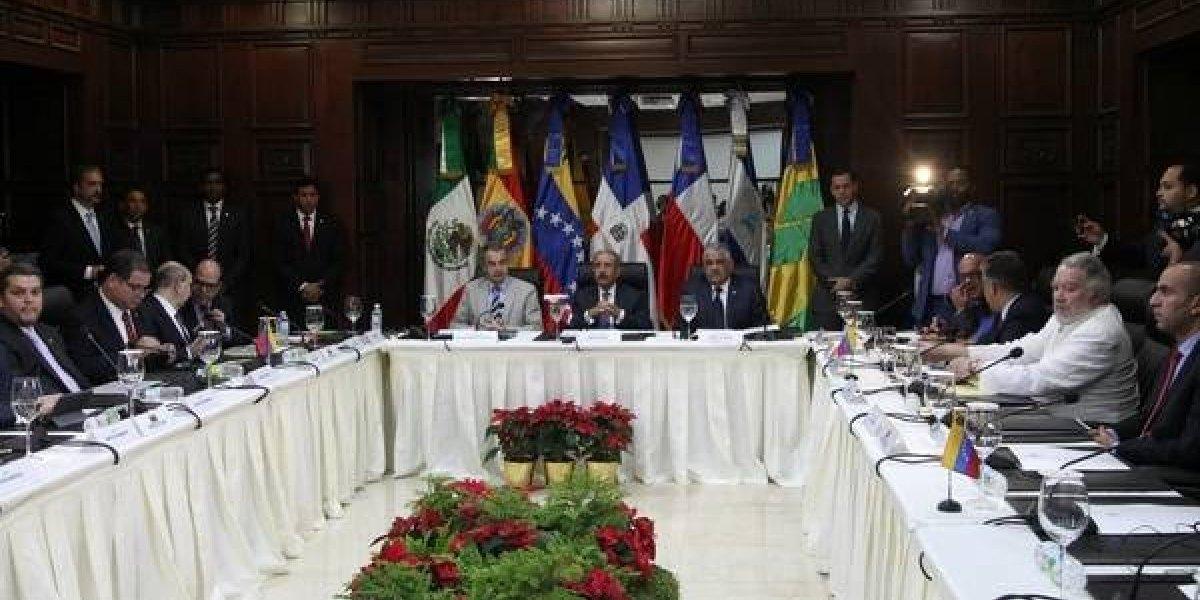 Países críticos evalúan dejar el diálogo sobre Venezuela