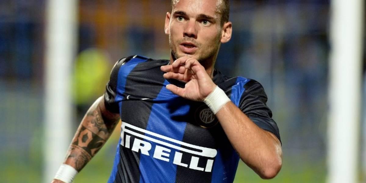 """VIDEO. El Al Gharafa presenta a """"bombo y platillo"""" a Wesley Sneijder"""