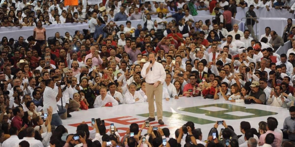 Meade se reúne con militantes priistas en Veracruz