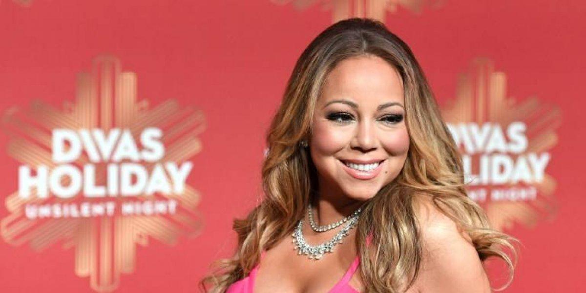 Tras la cirugía Mariah Carey presume su cuerpazo en ajustado y transparente vestido