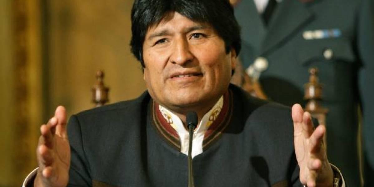 Evo Morales: Retrato de un tuitero que pasó del odio al amor a las redes