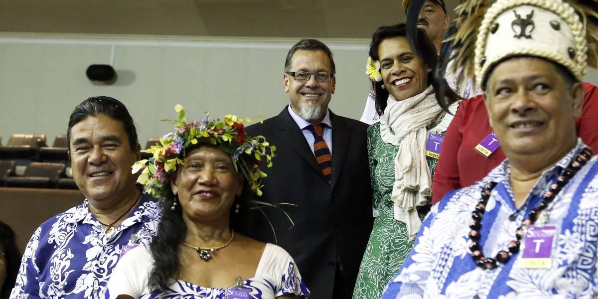 Senado despachó a la Cámara Baja normativa que regula estadía en Isla de Pascua