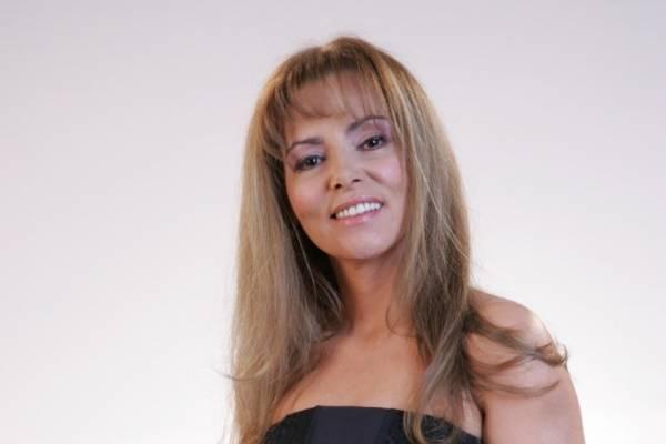 María Auxilio