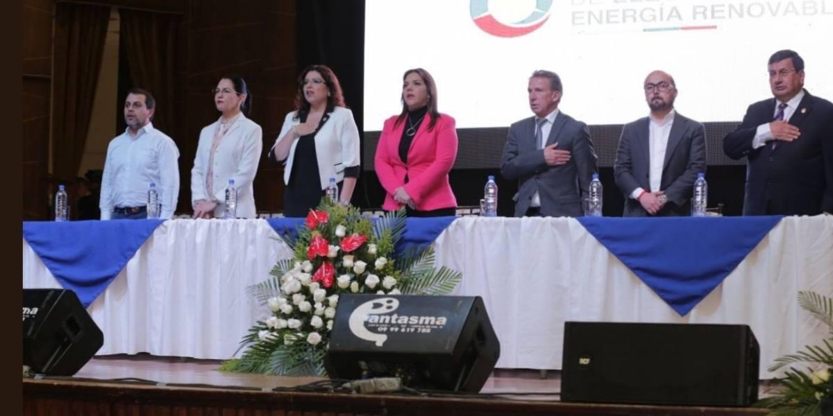 Gobierno anunció reducción de la tarifa eléctrica industrial entre el 13 y 19%