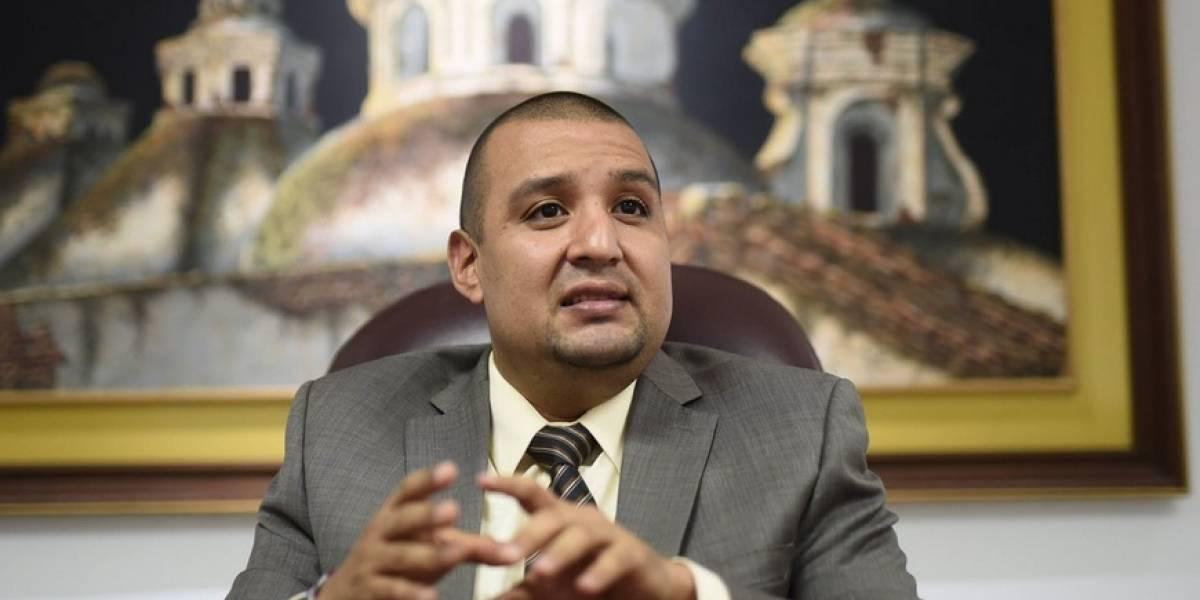 SAT no logra la meta fiscal y directorio evalúa a Solórzano