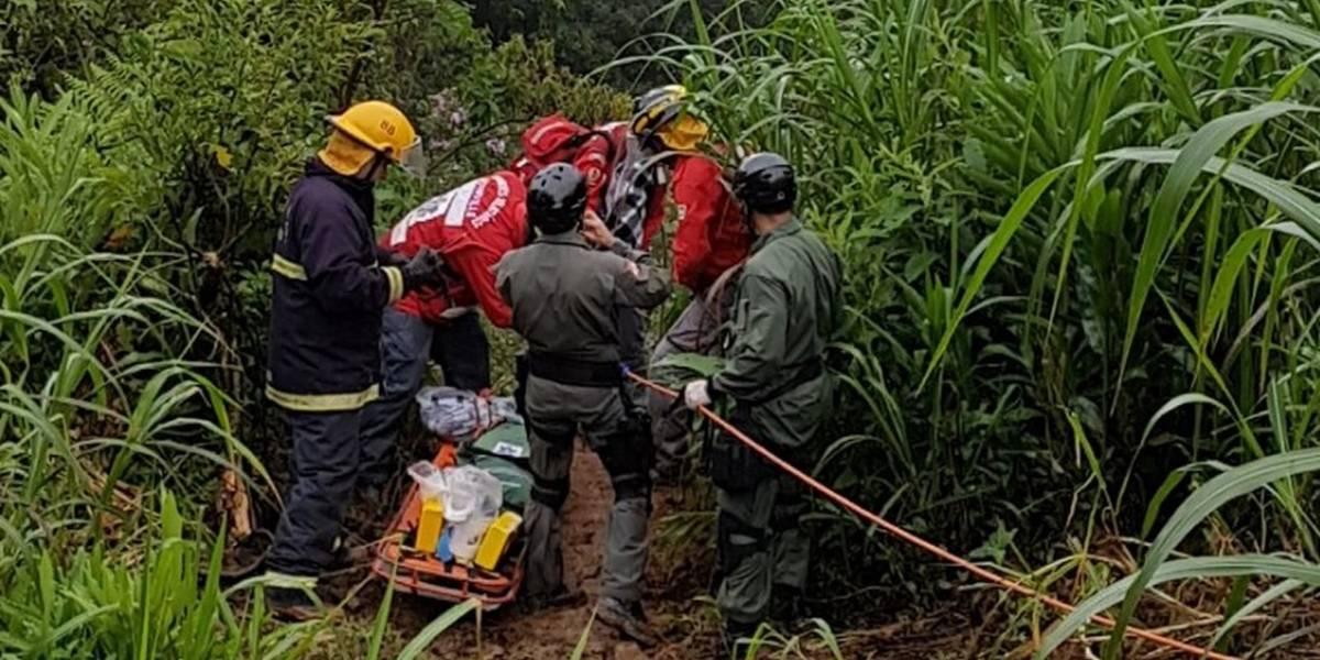 Veículo cai em ribanceira em Santa Catarina e casal é encontrado após 36 horas