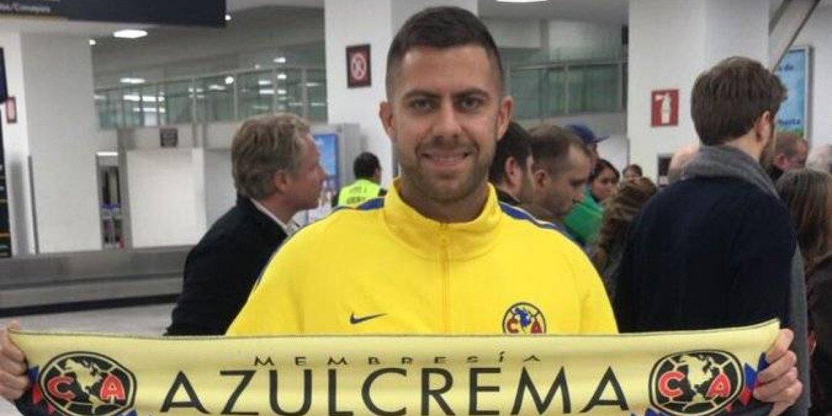 Llega Andrés Ibargüen y afición lo recibe con porras — AMÉRICA