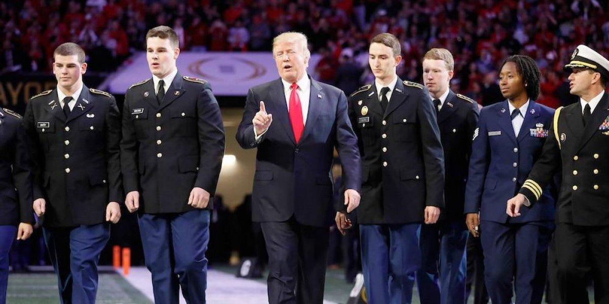 Trump es abucheado en la final del futbol americano colegial