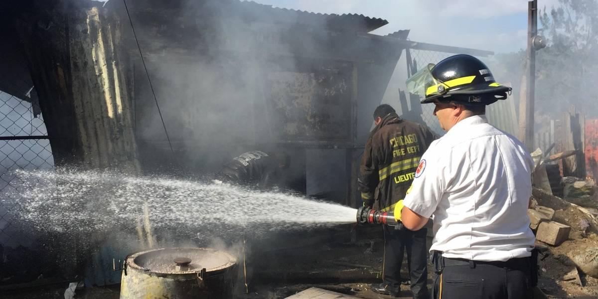 Vecinos logran rescatar a niño de 4 años de las llamas de un incendio en Chinautla