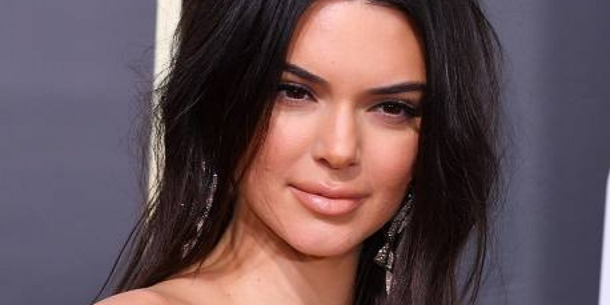 Kendall Jenner se defiende de las críticas por su acné