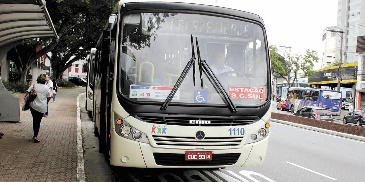 ABC adia decisão sobre tarifa, mas avalia reajuste do ônibus