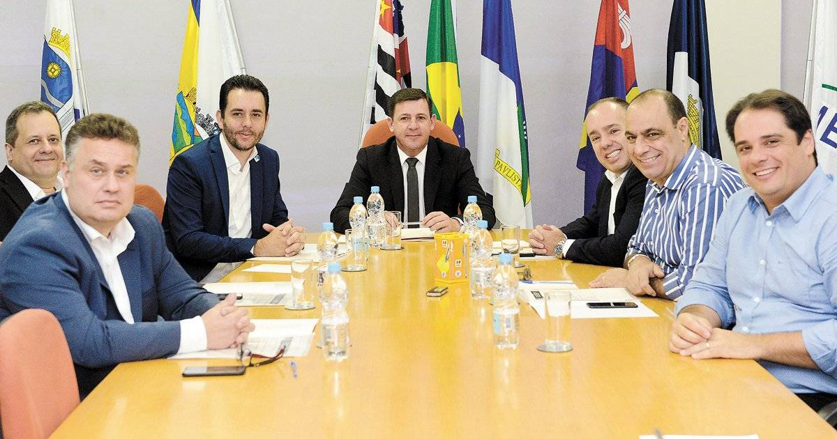 Prefeitos da região se reuniram ontem | divulgação/consórcio