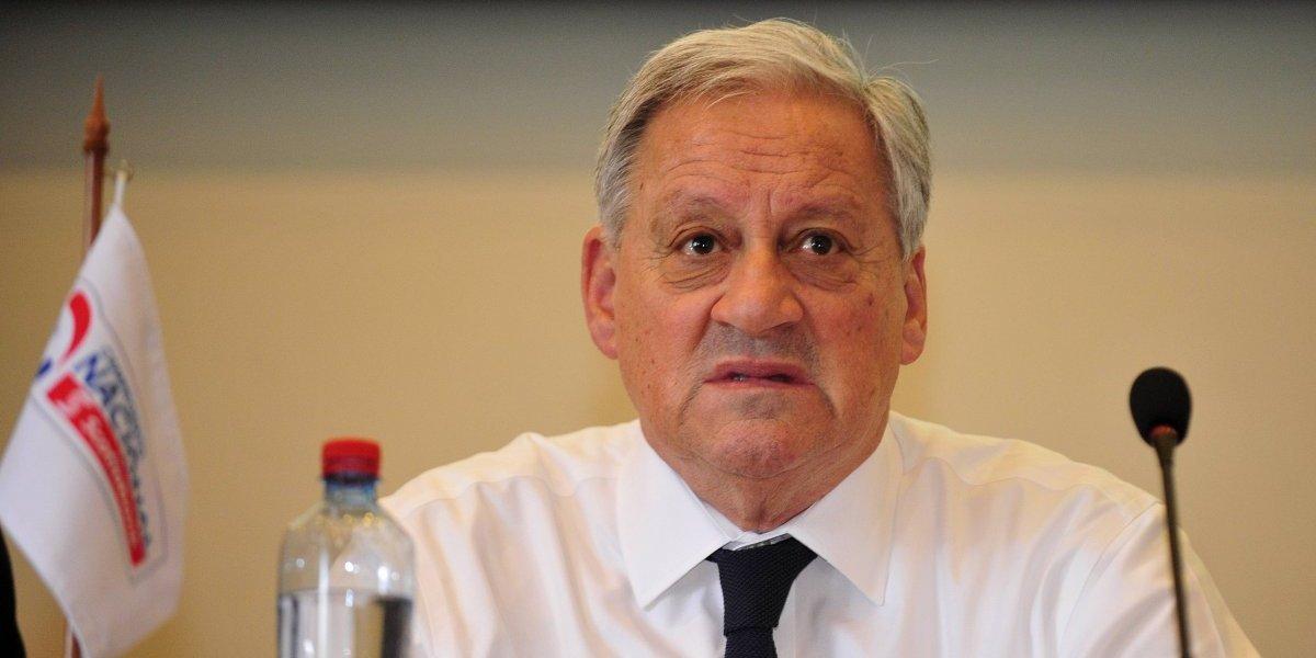 ANFP se resguarda y acuerda millonaria cláusula de rescisión para Reinaldo Rueda