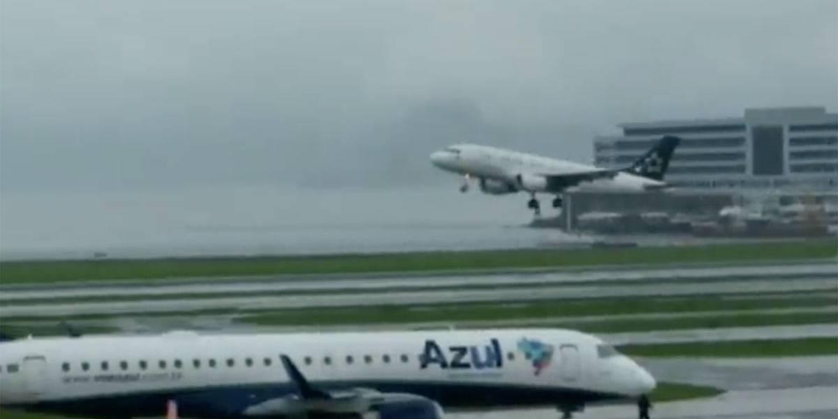 Com pista molhada, avião da Avianca arremete no Santos Dumont