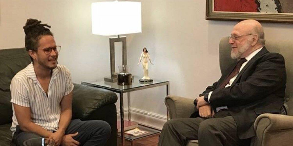 Vicente García realiza visita al Ministro de Cultura