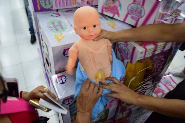 muñecos trans