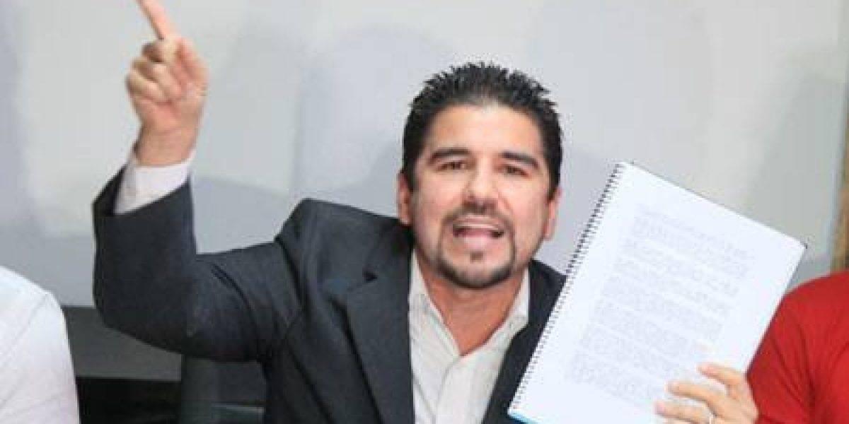 Dalo Bucaram revela las propuestas por derechos de transmisión que la FEF rechaza