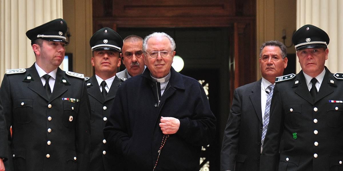 Víspera de la visita del Papa: Publican base de datos con el nombre de 78 religiosos chilenos acusados por abusos sexuales