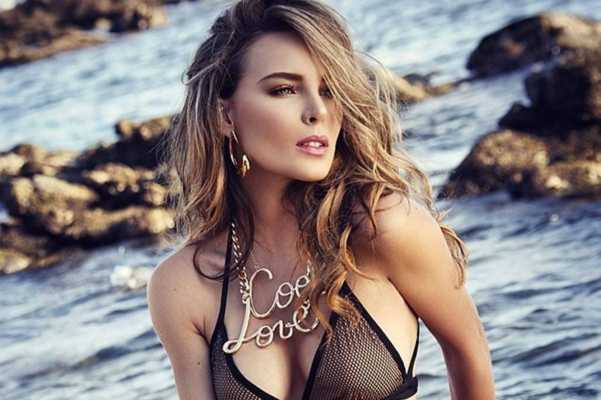 Hot Belinda naked (46 foto and video), Sexy, Paparazzi, Feet, braless 2015