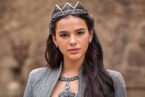 Atuação de Bruna Marquezine em novela é criticada e fãs a comparam a Fiuk