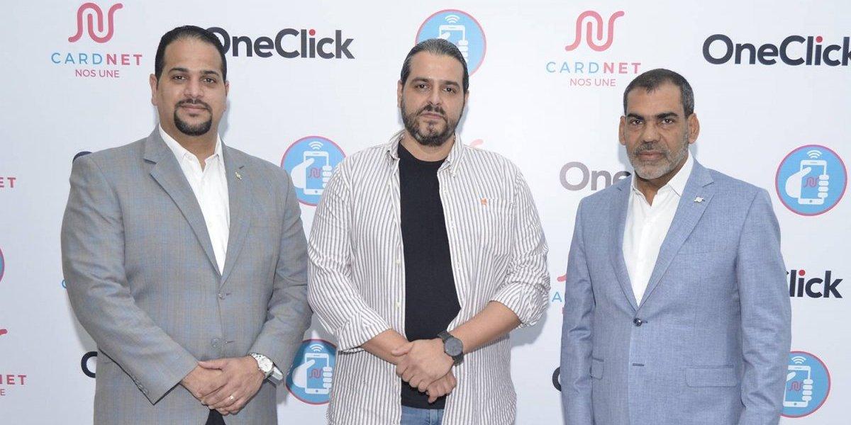 #TeVimosEn: CardNET celebra primera transacción de pagos a través de móviles