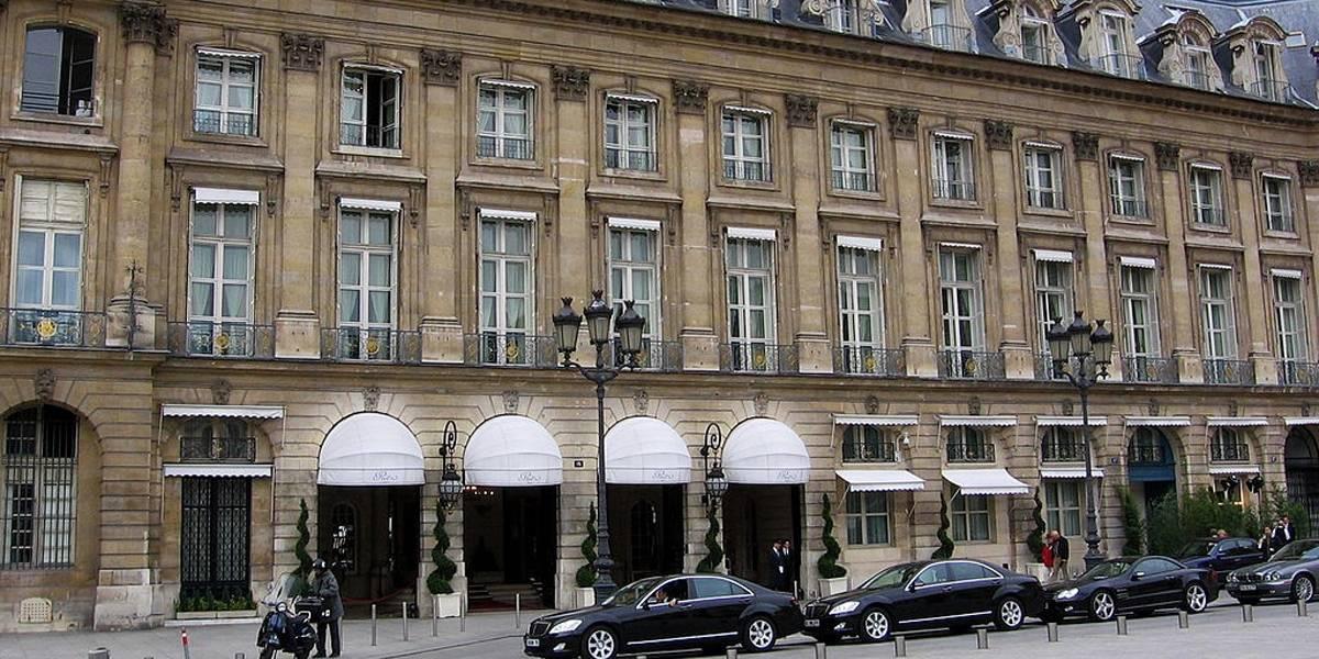 Bandidos fazem roubo milionário em hotel de luxo em Paris