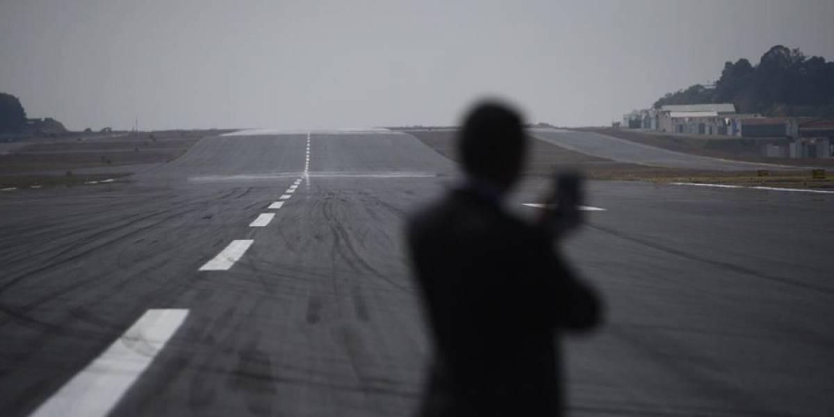 Aeropuerto La Aurora con pista, pero con carencias en la terminal aérea