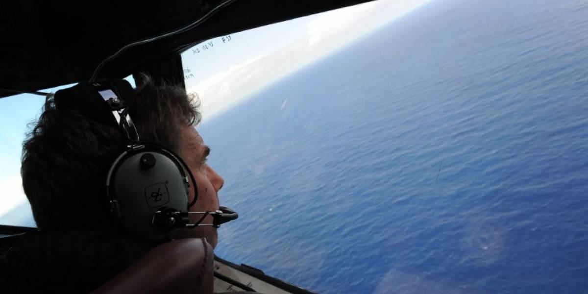 Retoman búsqueda de avión malasio desaparecido en 2014