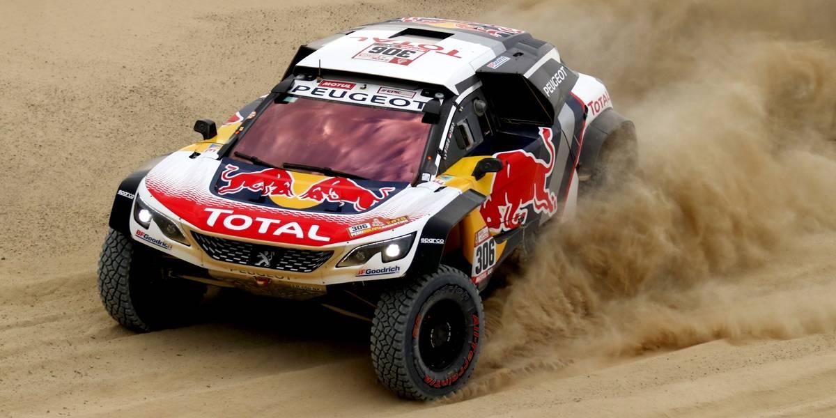 Com 'bruxa solta' no Rally Dakar, multicampeão e ex-técnico do Chelsea abandonam