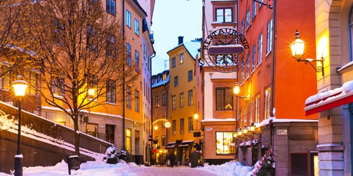 Loja de móveis sueca pede que clientes urinem em anúncio por desconto