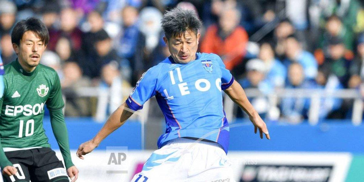 Kazuyoshi Miura, de 50 años, jugará 33ra temporada