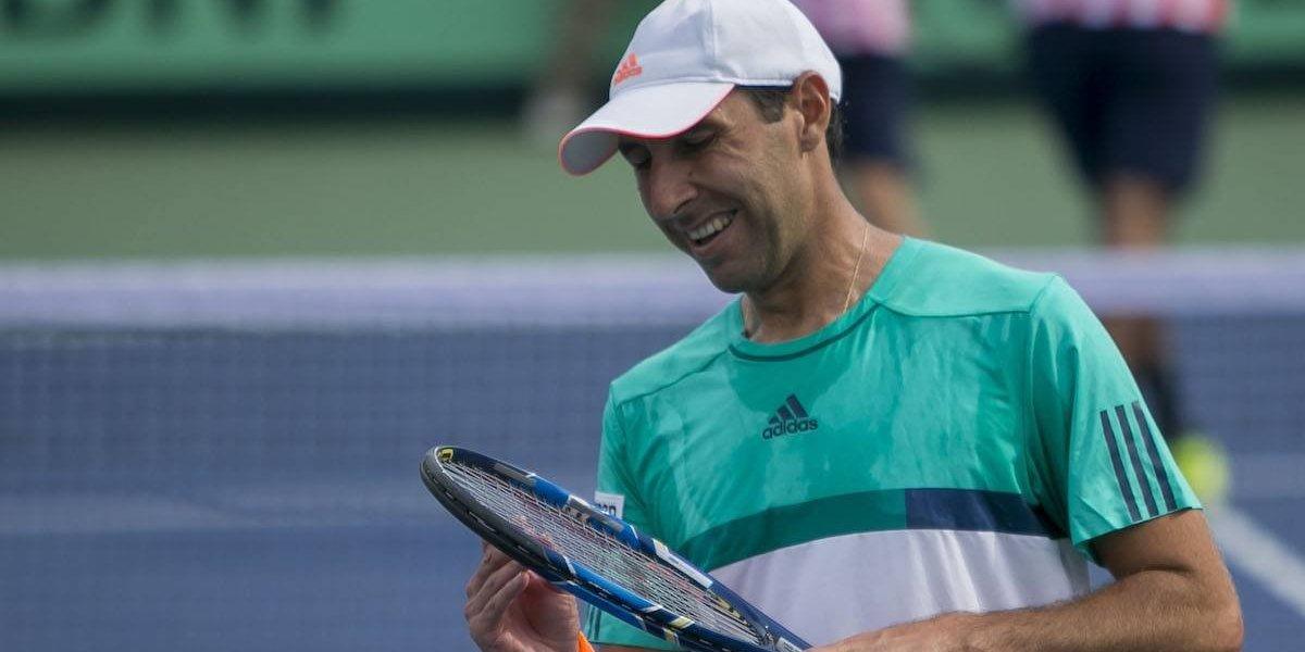 Tenista Santiago González avanza a semifinales de dobles en Auckland