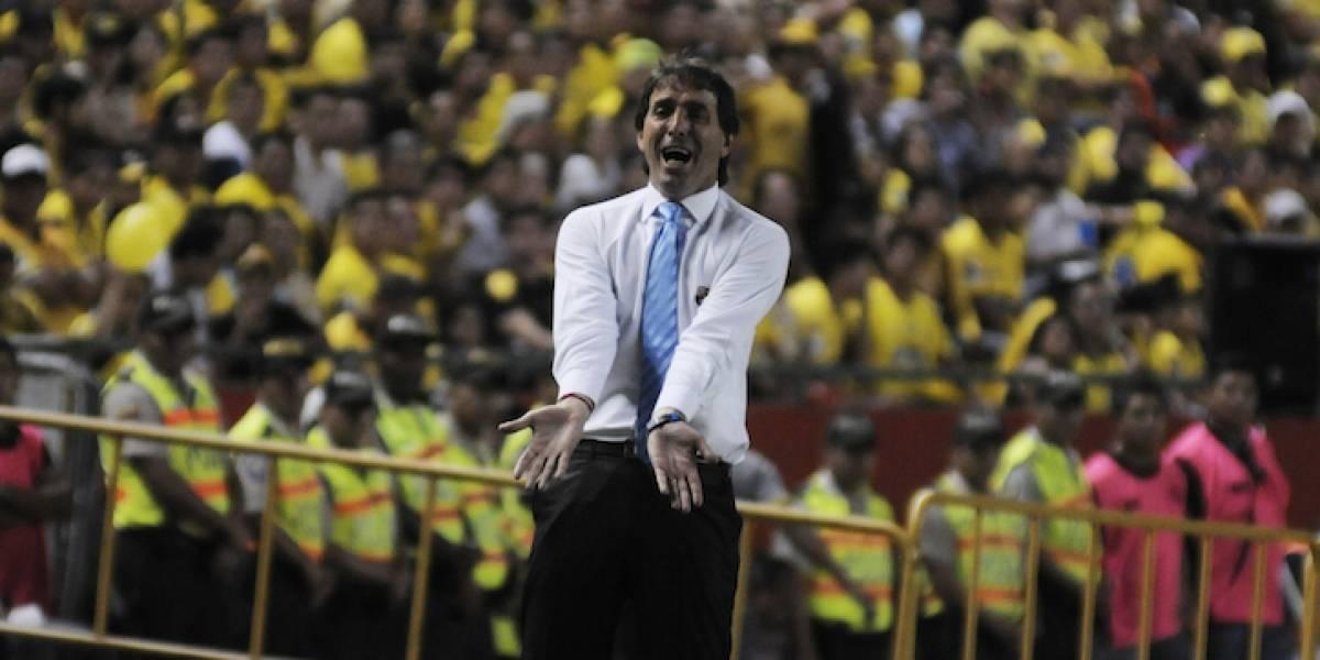 Guillermo Almada priorizará el campeonato nacional