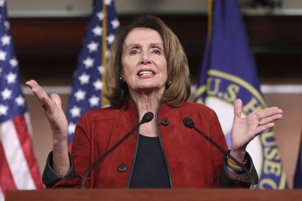 La líder de la minoría demócrata en la Cámara de Representantes Nancy Pelosi en conferencia de prensa en el Capitolio en Washington el 11 de enero del 2018. (AP Photo/Pablo Martinez Monsivais)