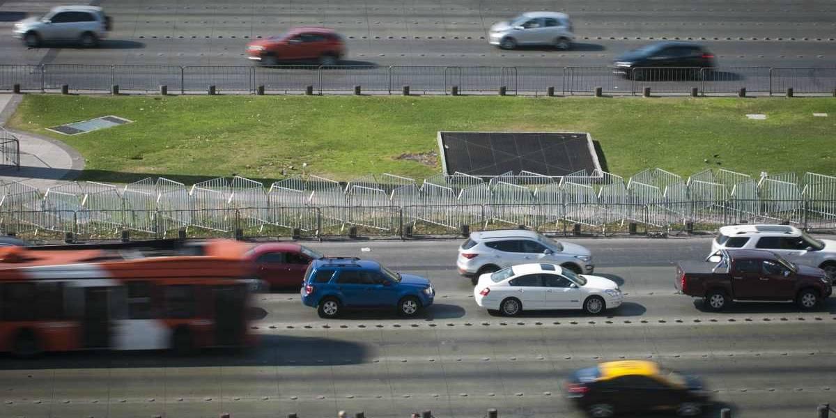 Comisión mixta aprobó reducir la velocidad máxima urbana a 50 km/h