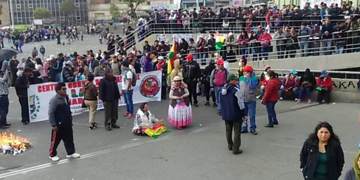 """El Dakar fue recibido con bloqueo y protestas en Bolivia: """"No queremos Dakar, carajo"""""""