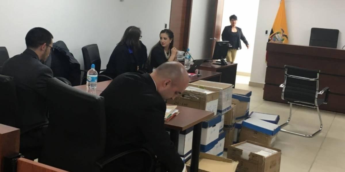 Fiscalía logra sentencia en contra de esposo de María Sol L., excoordinadora del IESS