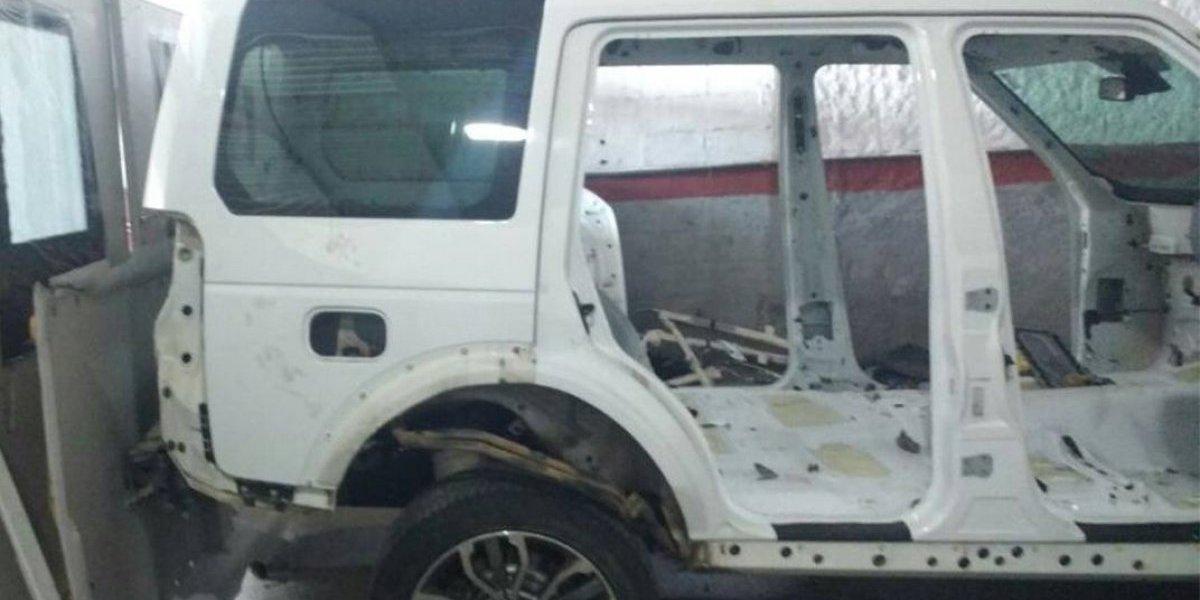 Polícia encontra carro de luxo com queixa de roubo em desmanche em Santo André