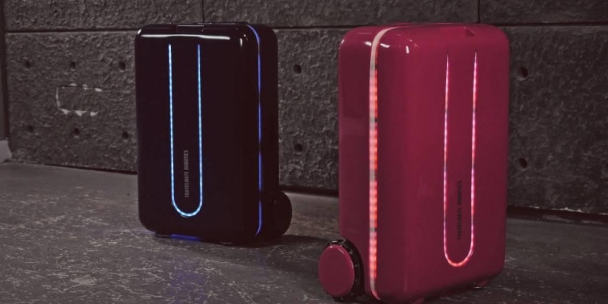 """CES 2018: Presentan una """"maleta robot"""" para ayudar a los viajeros con el pesado equipaje"""