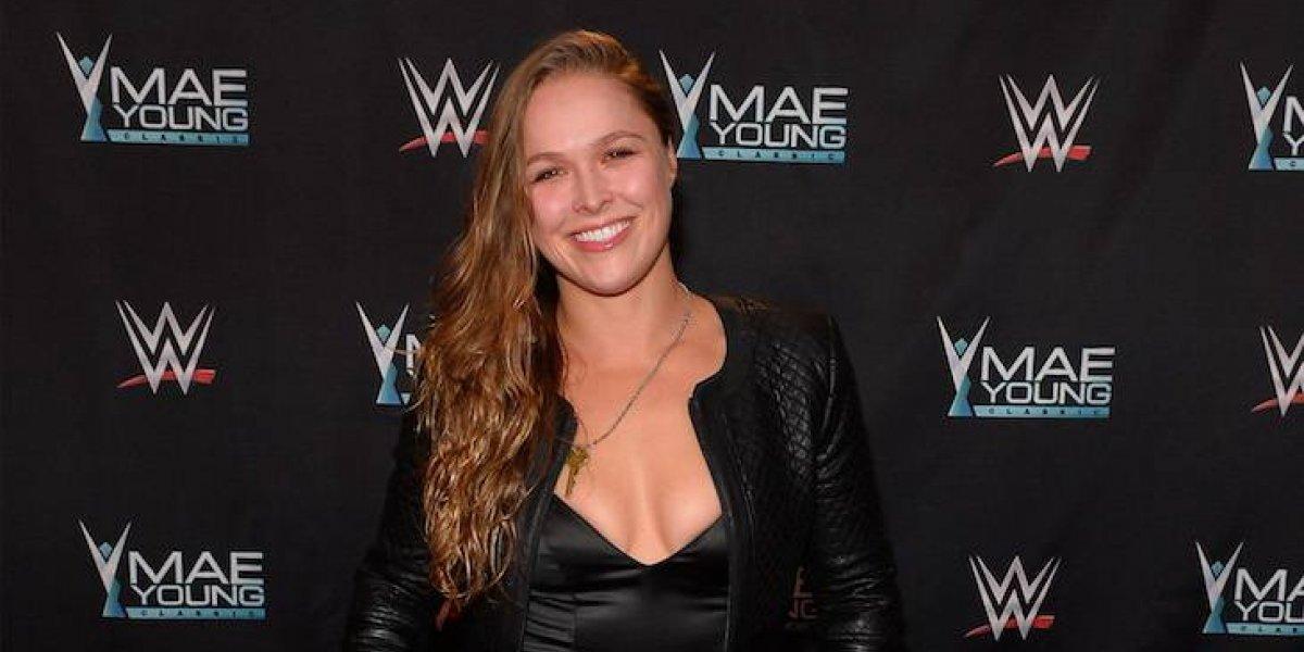 ¿Ronda Rousey se acerca a la WWE?