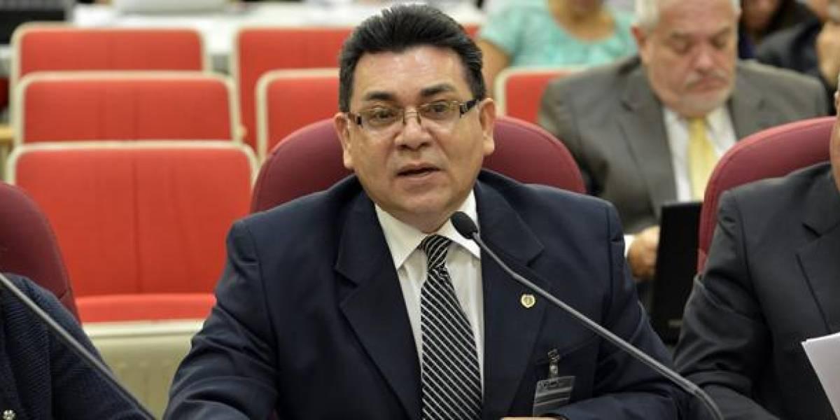 Denuncian contratación de exdirector AEE para el Municipio de San Juan