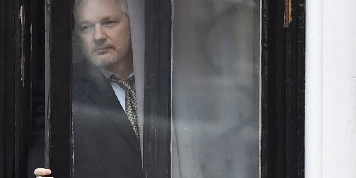 Londres rechaza conceder rango diplomático a Assange