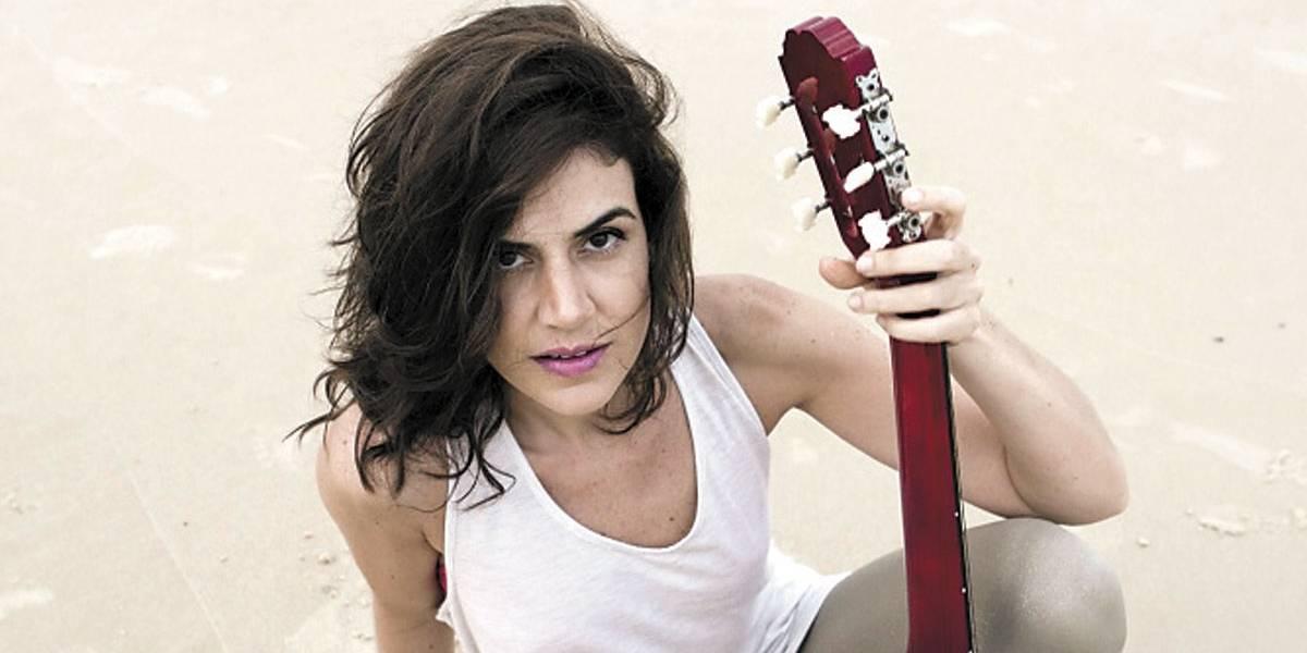 Marina Aydar faz show gratuito em festival de pré-Carnaval na Roosevelt