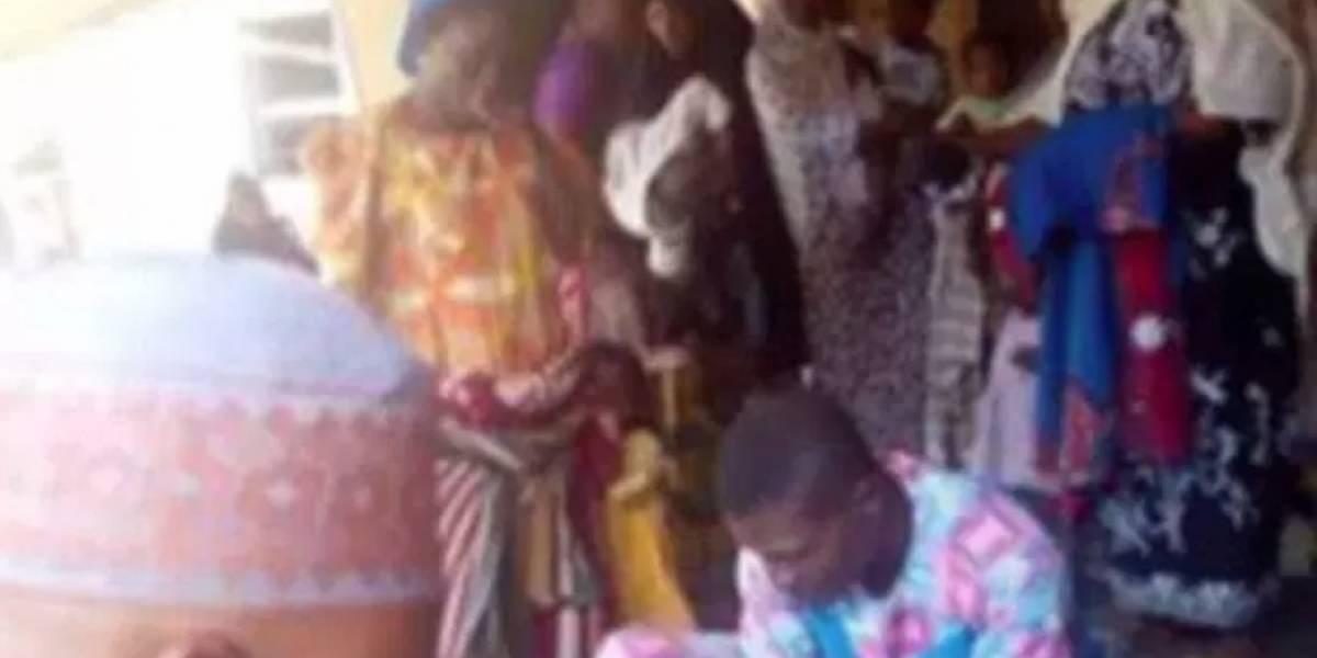 Indignación por imágenes de mutilación genital de niña difundidas en Facebook