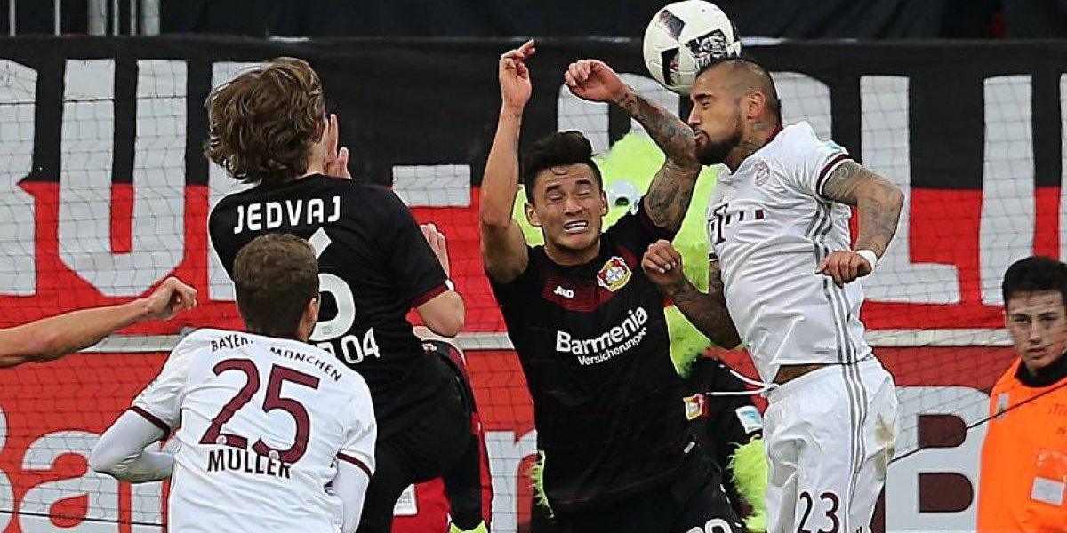 El Príncipe contra el Rey: Bundesliga destaca el choque Aránguiz-Vidal en el retorno del fútbol alemán