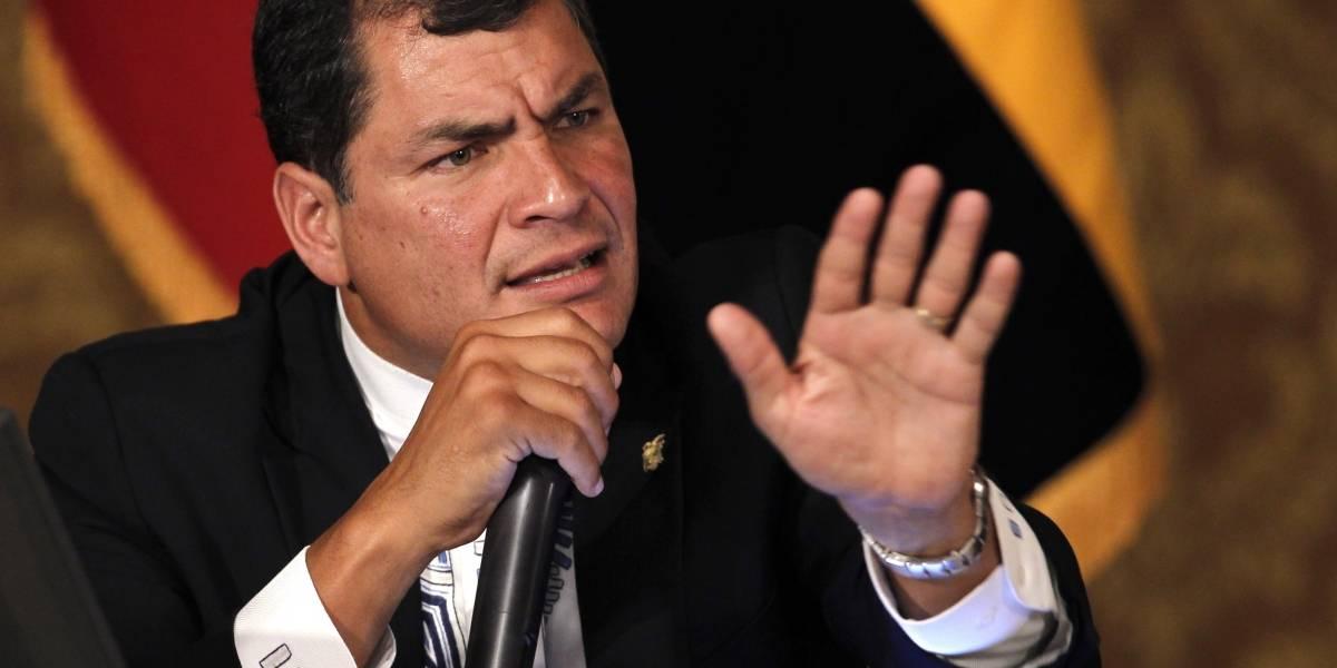 "Rafael Correa denuncia ""persecución"" por parte de Contraloría"
